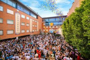 Ceremoniál slavnostního otevření nové budovy Ideální Scientologické církve v Budapešti, Scientologie v Maďarsku