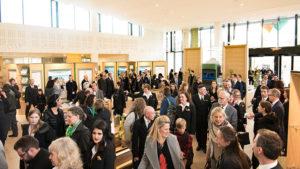 Nové církevní a komunitní centrum Scientologické církve v Irském Dublinu je přístupné všem návštěvníkům