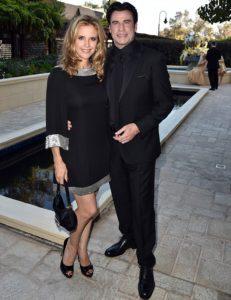 Scientologové John Travolta a jeho manželka Kelly Preston navštívili 45. slavnostní galavečer pořádaný Celebrity centrem Scientologické církve v Los Angeles v Kalifornii.